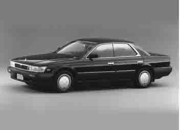 Nissan Laurel - традиционный брэ…